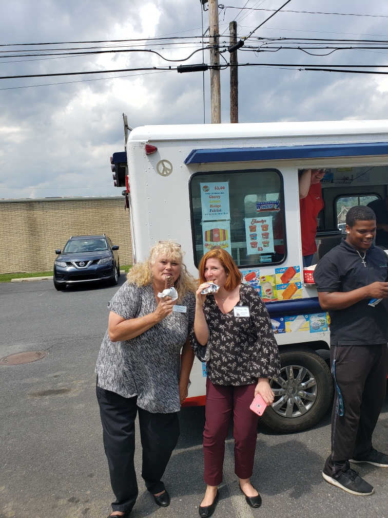 New-Eastwood-Staff-Appreciation-Ice-Cream-4